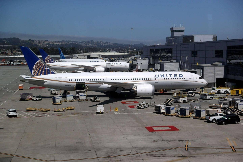 Lentoyhtiöt