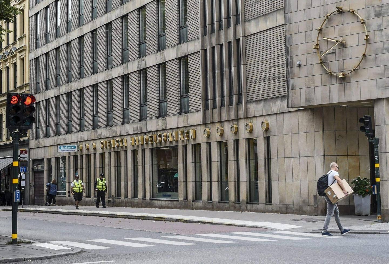 Handelsbanken Yhteystiedot