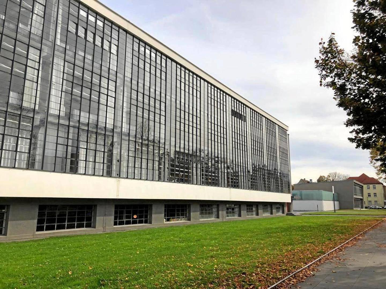 Bauhaus Yhteystiedot