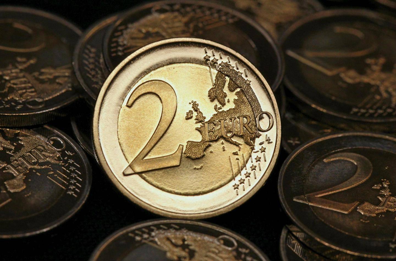 Eurot Kruunuiksi