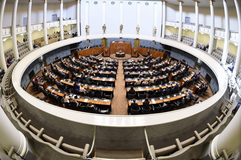 Eduskunta Istumajärjestys 2021