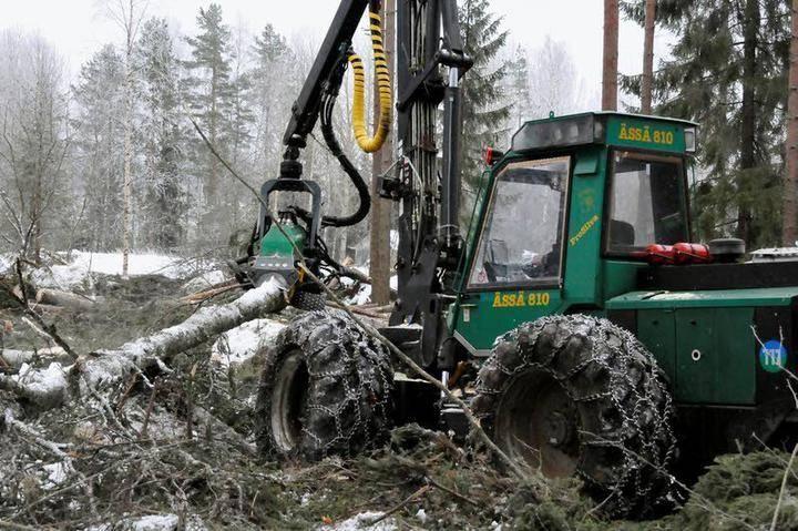 Metsäkoneenkuljettajakoulutus